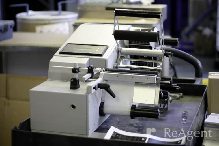 ReAgents E25 Label Machine